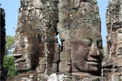 Tváře Buddhů v chrámu Bayon