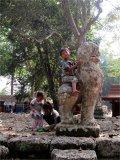 Chrámy hlídají správci – a jejich potomci