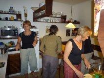Příprava u Lindy na Břevnově - Linda, Erika, Johan, Dáša